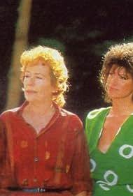 Jean-Luc Bideau, Evelyne Dress, Annie Girardot, and Patrick Préjean in Florence ou La vie de château (1987)