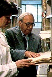 Yitzhak Navon Picture