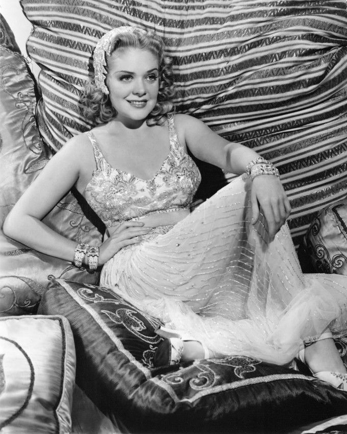 Alice Faye in Tin Pan Alley (1940)