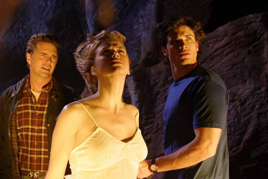 Smallville 3×22 – Pacto