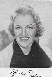 Gracie Fields Picture