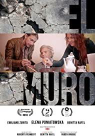 Elena Poniatowska, Emiliano Zurita, and Benitta Rafel in El Muro (The Other Wall) (2018)