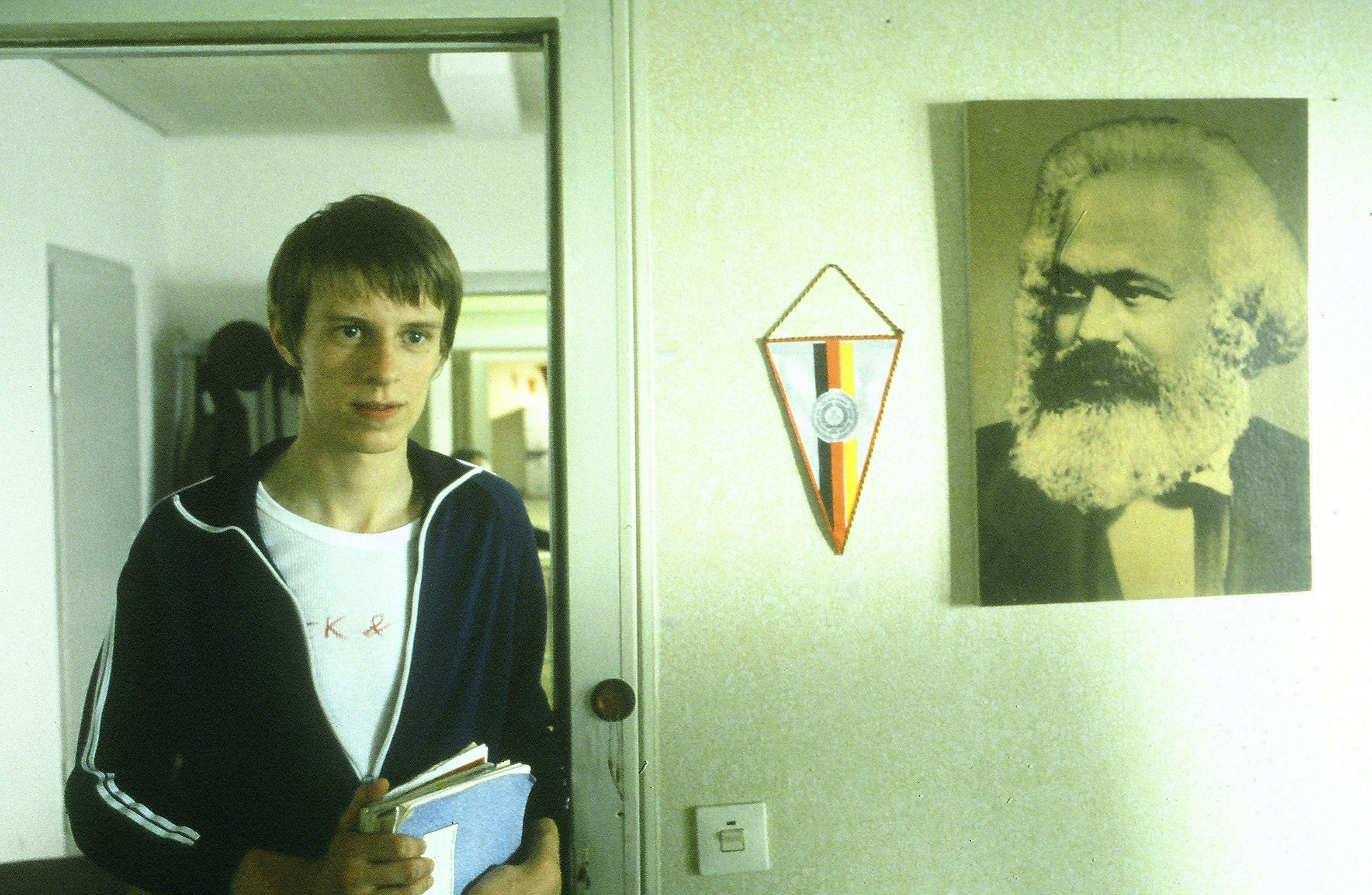 Karl Marx and Alexander Scheer in Sonnenallee (1999)
