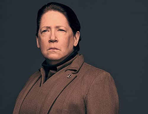 """No Small Parts"" IMDb Exclusive: ""The Handmaid's Tale"" Star Ann Dowd"