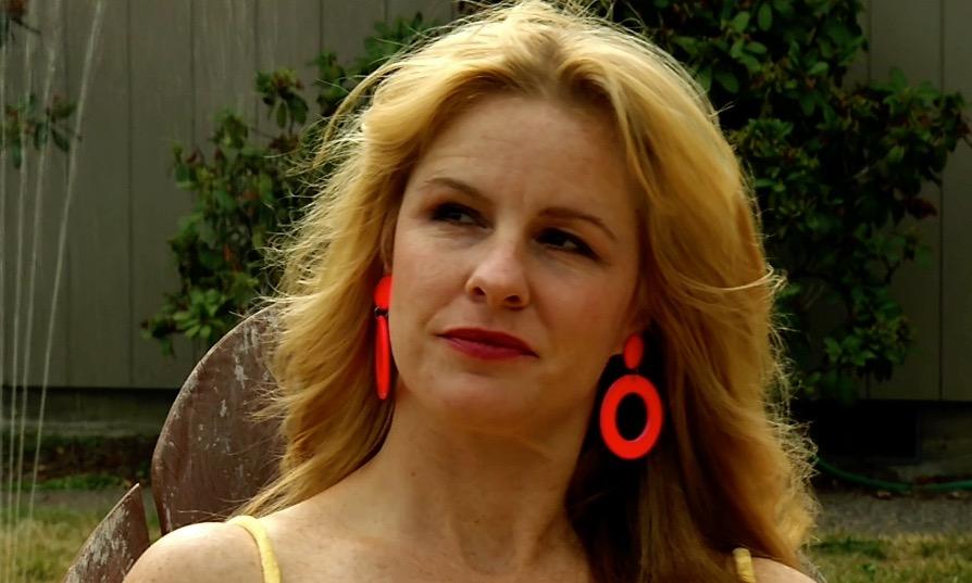 Leanne Littrell in The Sample (2009)
