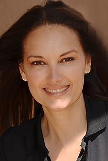 Alison Moir Picture