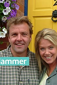Primary photo for Homes Under the Hammer