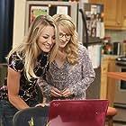 Kaley Cuoco and Melissa Rauch in The Big Bang Theory (2007)