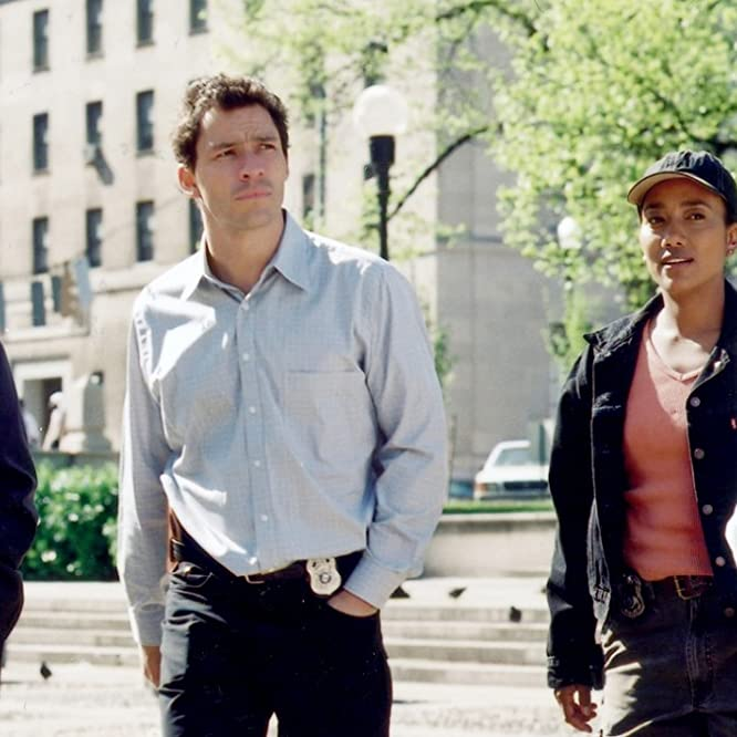 Clarke Peters, Wendell Pierce, Sonja Sohn, and Dominic West in The Wire (2002)
