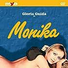 Gloria Guida in La ragazzina (1974)