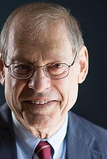 Robert Dallek Picture