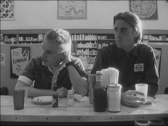 Luke Wilson and Owen Wilson in Bottle Rocket (1993)