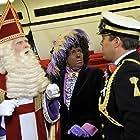 Wim Rijken, Martine van Os, and Frans Bauer in Sinterklaas en het pakjesmysterie (2010)