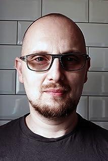 Adi Granov Picture