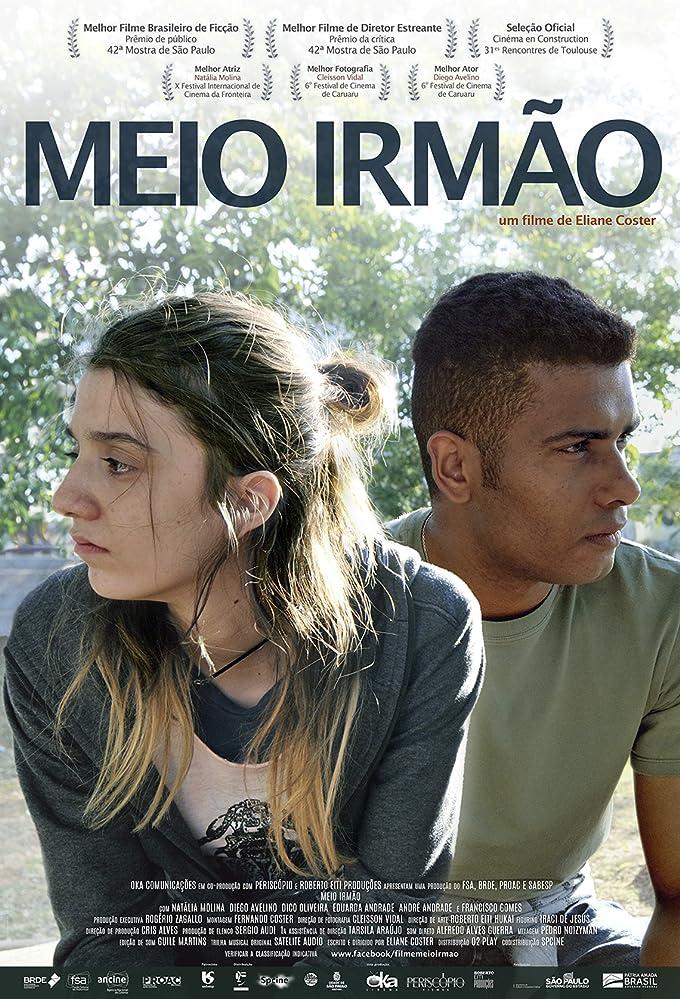 Diego Avelino and Natália Molina in Meio Irmão (2018)