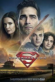 Tyler Hoechlin, Elizabeth Tulloch, Alex Garfin, and Jordan Elsass in Superman and Lois (2021)