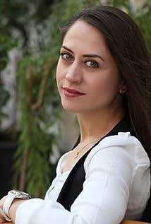 Selen Öztürk Picture