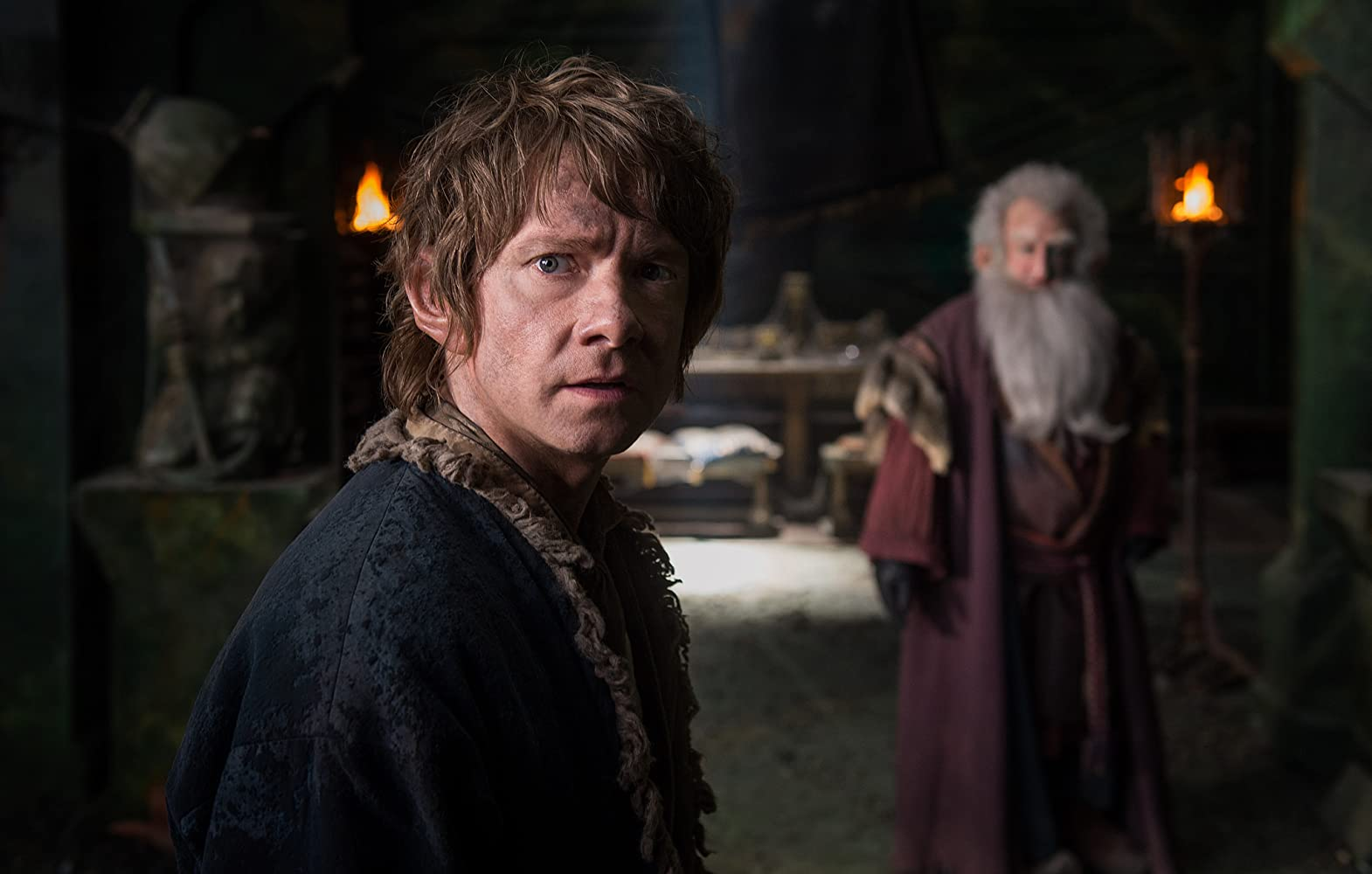 Martin Freeman and Ken Stott in The Hobbit: The Battle of the Five Armies (2014)