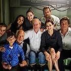 Richard Dreyfuss, Wolfgang Petersen, Kurt Russell, Emmy Rossum, Jacinda Barrett, Josh Lucas, Mía Maestro, Mike Vogel, and Jimmy Bennett in Poseidon (2006)