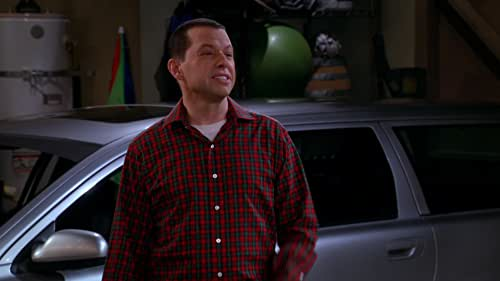 Two And A Half Men: Let's Get This Stuff Wrapped