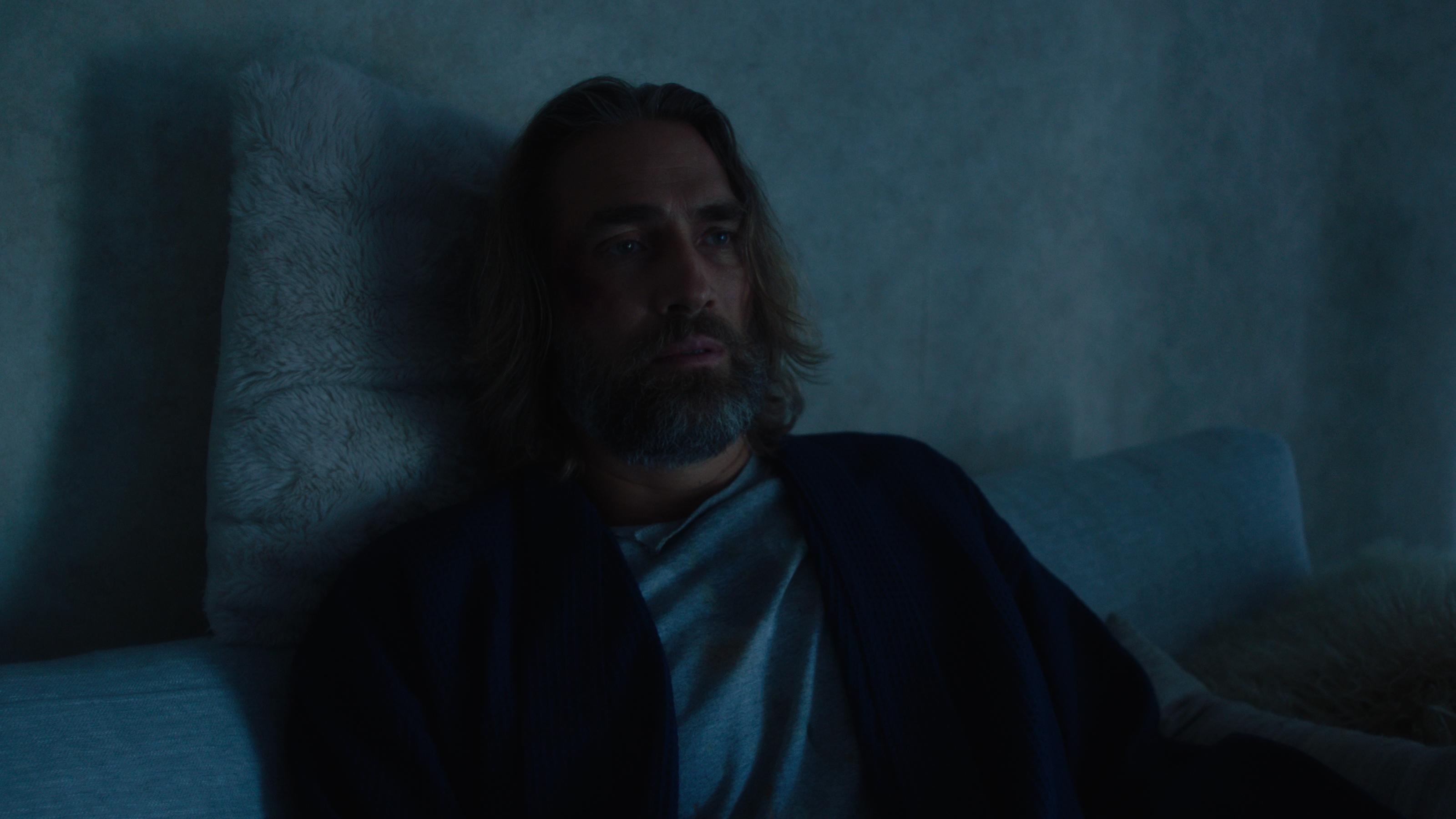 Lukas Hassel in Hermit (2020)