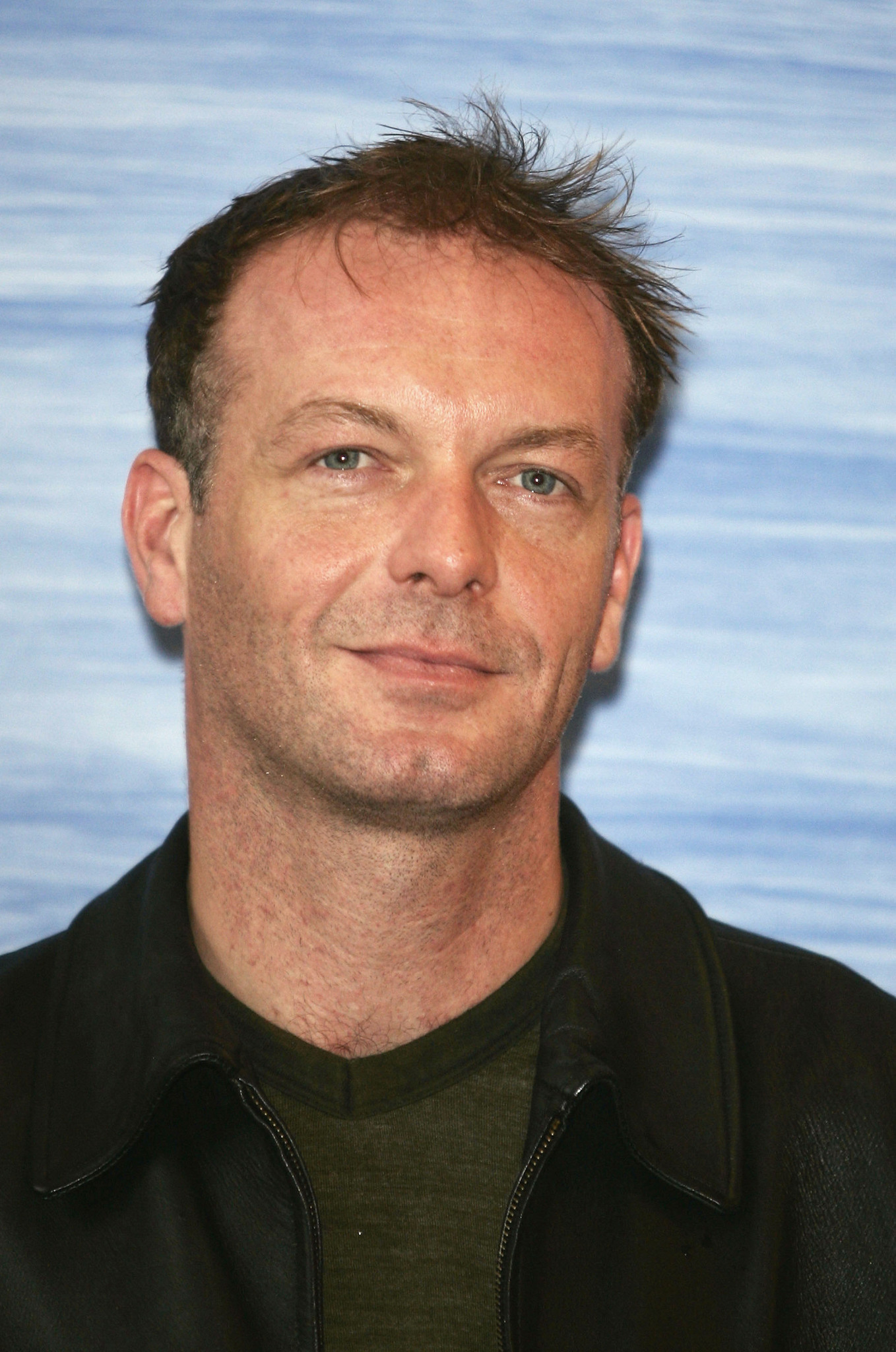 Hugo Speer (born 1969)