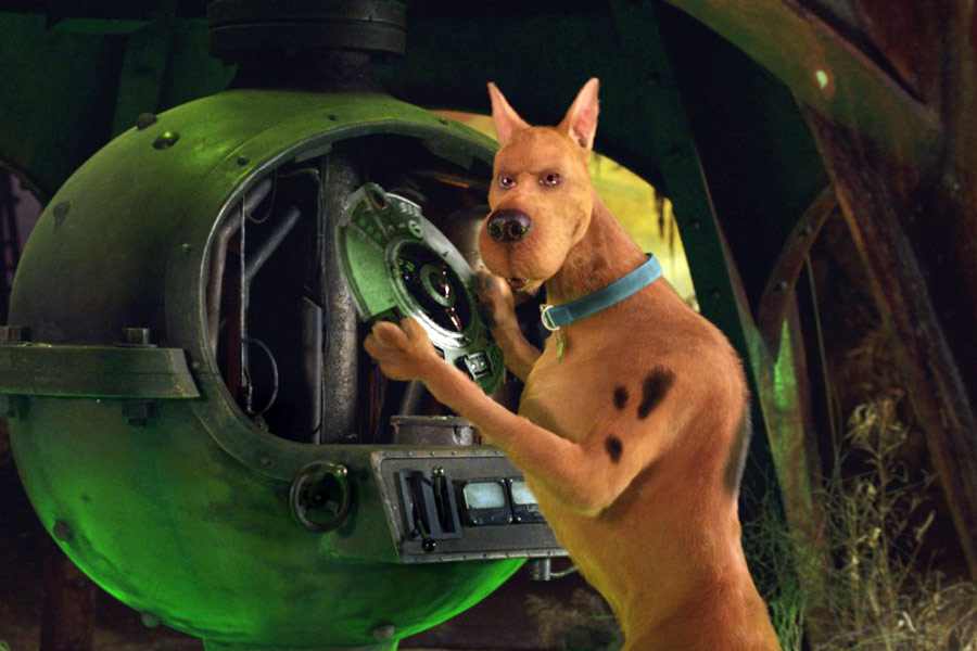Neil Fanning in Scooby-Doo 2: Monsters Unleashed (2004)