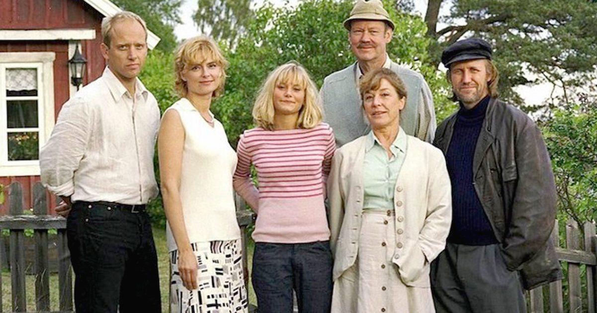 Helena Brodin, Göran Engman, Samuel Fröler, Ebba Hultkvist, Sten Ljunggren, and Marie Richardson in Skärgårdsdoktorn (1997)