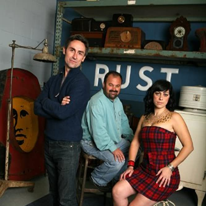 Frank Fritz, Mike Wolfe, and Danielle Colby-Cushman in American Pickers (2010)