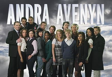 PC che guarda film Second Avenue: Episode #1.79  [UHD] [2k] [XviD]