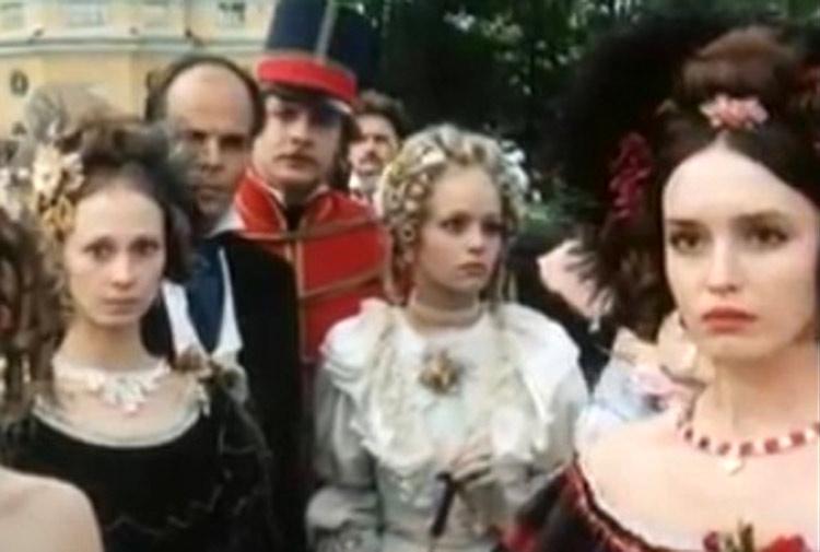 Peteris Gaudins, Arnis Licitis, Anna Samokhina, Svetlana Smirnova, and Yulle Sinisalu in Uznik zamka If (1988)