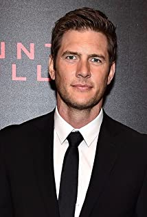 Ryan McPartlin Picture