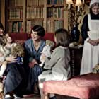 Elizabeth McGovern and Michelle Dockery in Downton Abbey (2019)