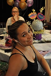Nicole Gomez Fisher Picture