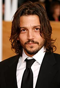 Primary photo for Diego Luna