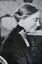 Louise Carter