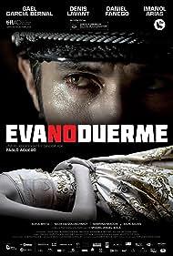 Gael García Bernal and Sabrina Machi in Eva no duerme (2015)