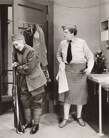 Marie Dressler and Nita Martan in Chasing Rainbows (1930)