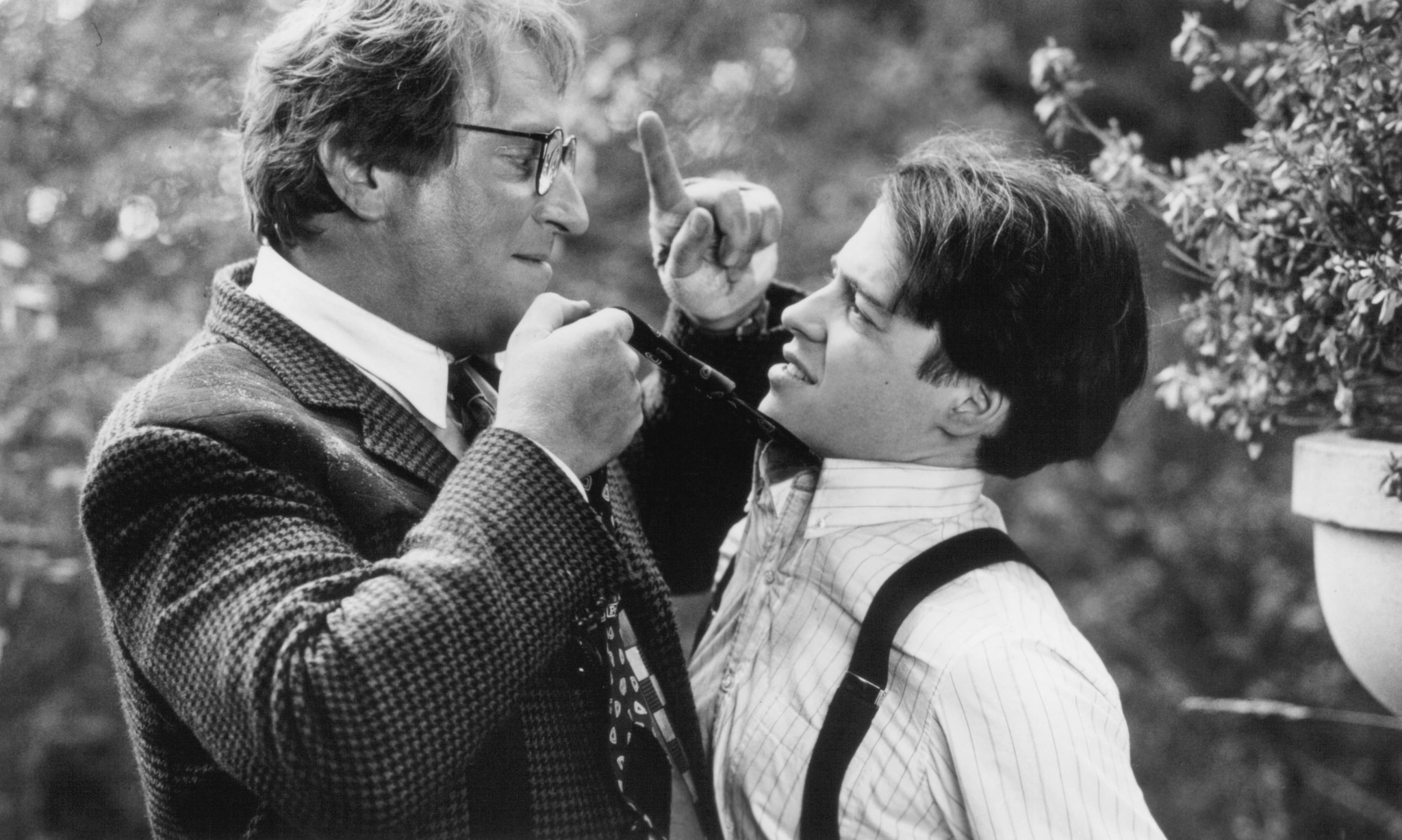 Matthew Broderick and Jeffrey Jones in Out on a Limb (1992)