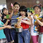 Shim Eun-kyung, Min-yeong Kim, Kang So-ra, Park Jin-Joo, Bo-mi Kim, and Bo-ra Nam in Sseo-ni (2011)