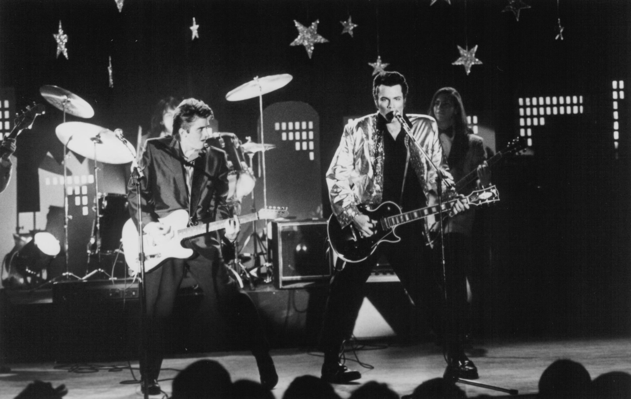 David Keith and Charlie Schlatter in Heartbreak Hotel (1988)