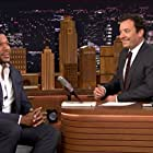 Jimmy Fallon and Michael Strahan in The Tonight Show Starring Jimmy Fallon (2014)