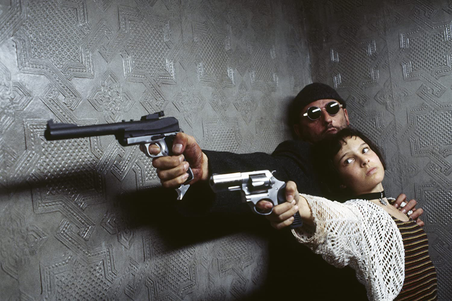 Natalie Portman and Jean Reno in Lon 1994