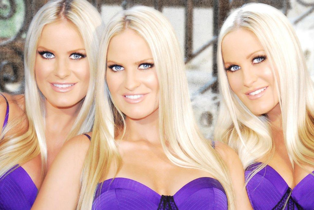 Nackt  Dahm Triplets Dahm Triplets