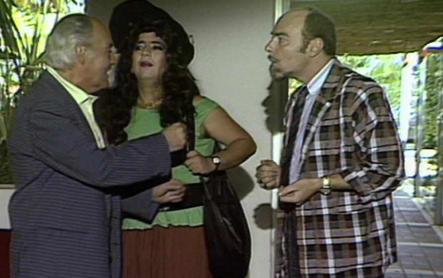 Dimitris Frangioglou, Giorgos Loukakis, and Antonis Trikaminas in Orma Rena stin arena (1988)