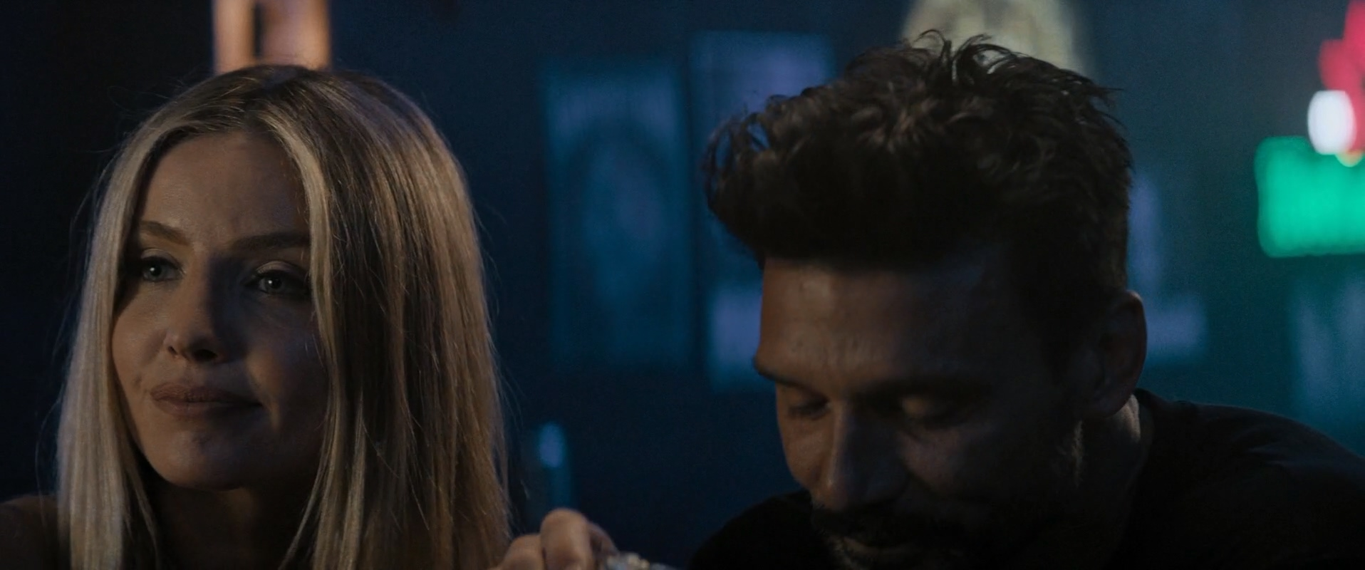 Frank Grillo and Annabelle Wallis in Boss Level (2020)