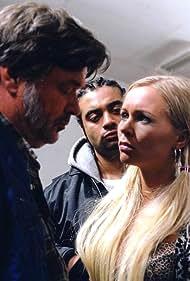 Dick Kaysø, Ali Kazim, and Mira Wanting in John og Mia (2002)