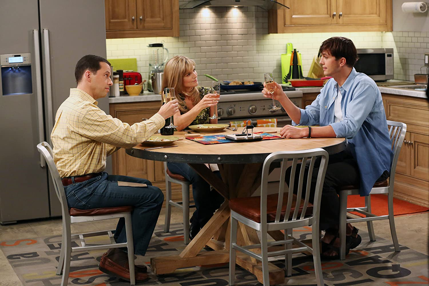 Jon Cryer, Ashton Kutcher, and Courtney Thorne-Smith in Two and a Half Men (2003)