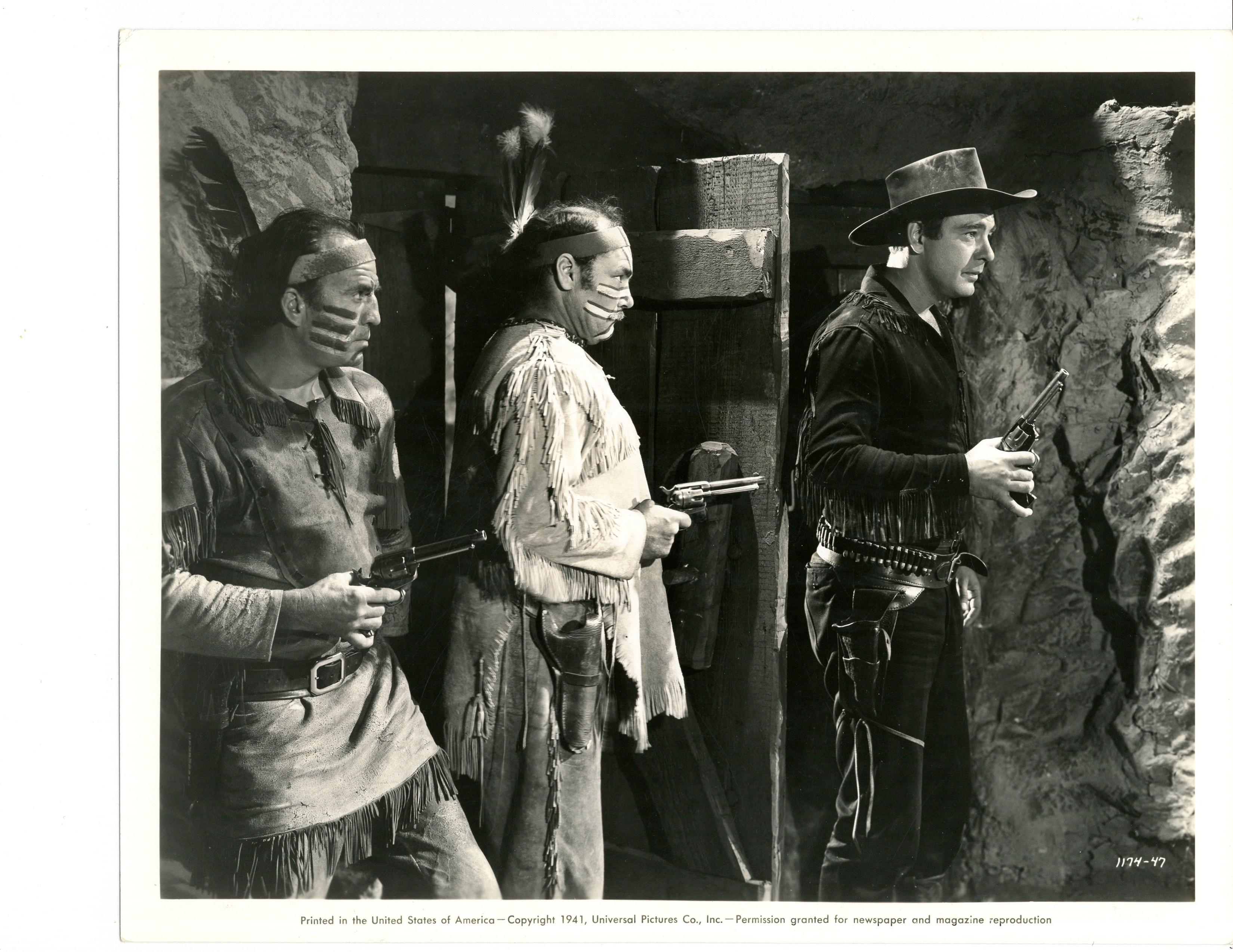 Lon Chaney Jr., Harry Cording, and Ethan Laidlaw in Overland Mail (1942)