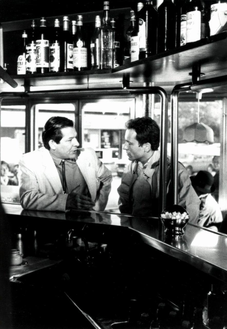 Olivier Granier and Yves Pignot in Hôtel de police (1985)